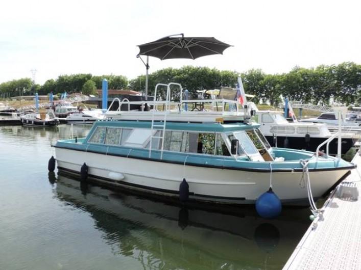 Location de vacances - Péniche à Mâcon - CALYPSO