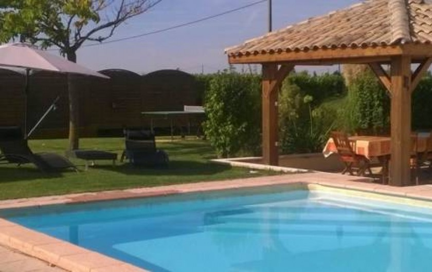 Maison hote naturiste avie home for Nudiste piscine