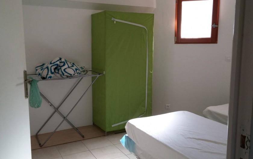 Location de vacances - Villa à La Seyne-sur-Mer - Chambre 1