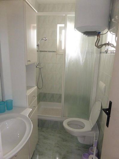 Location de vacances - Appartement à Vodice - Salle d'eau du 1er étage
