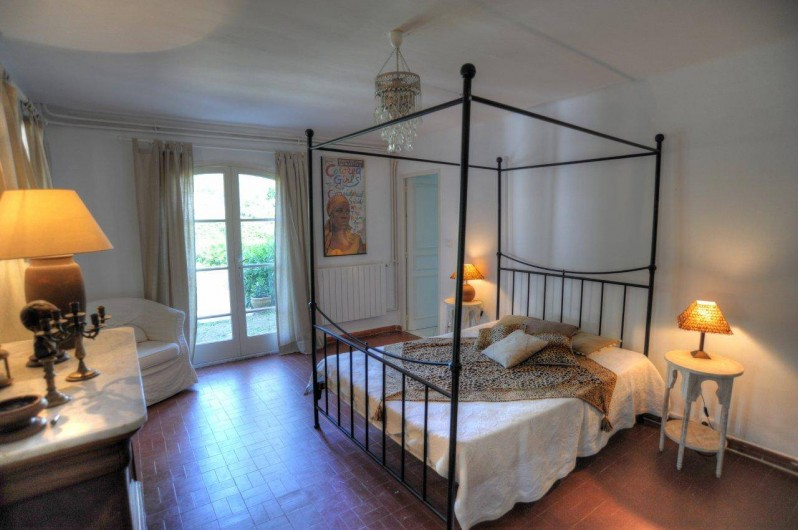 Location de vacances - Villa à Saint-Tropez - La  5 VIP