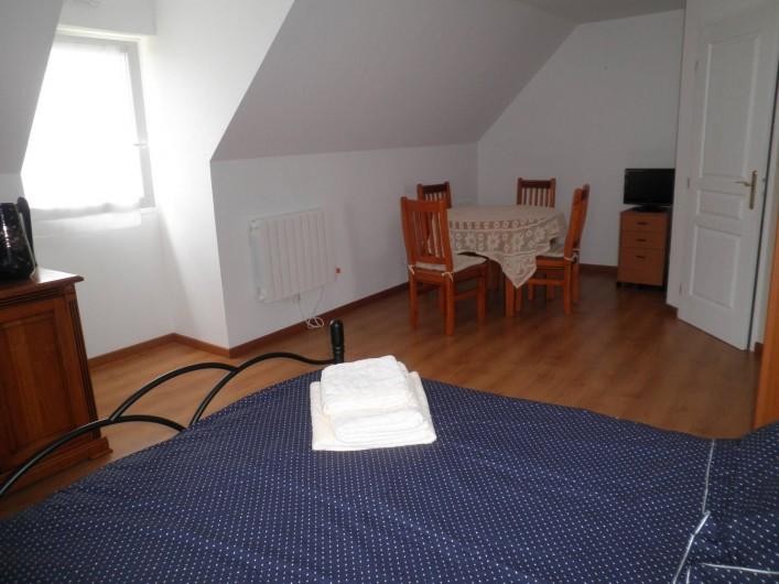 Location de vacances - Chambre d'hôtes à Saint-Josse - chambre spacieuse