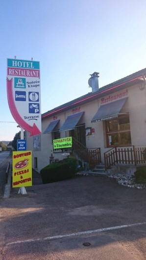 Location de vacances - Hôtel - Auberge à Tendon - L'auberge en façade