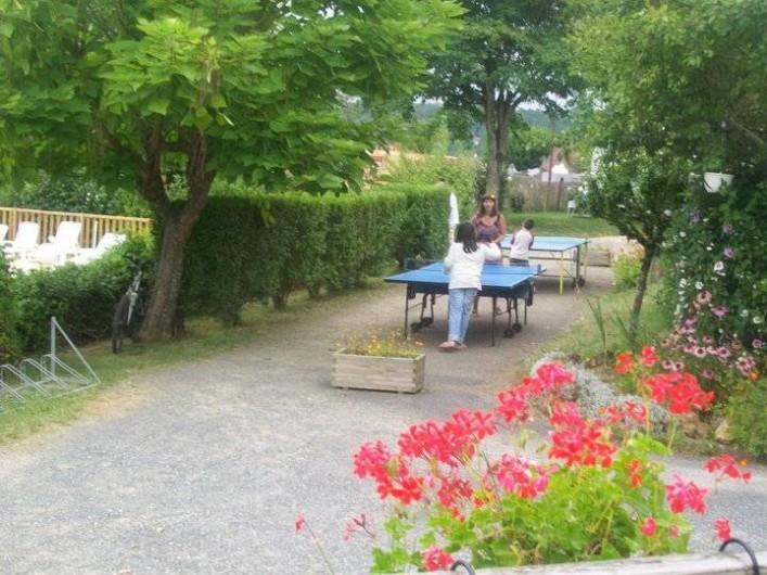 Location de vacances - Bungalow - Mobilhome à Villefranche-du-Périgord - Tables de ping pong : prêt de raquettes et balles