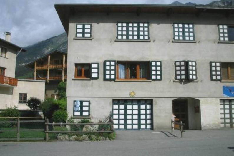Location de vacances - Appartement à Lanslevillard - Appartement  situé au 2ème étage d'une petite copropriété, calme plein sud