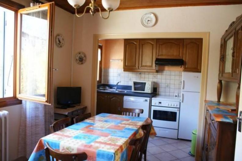 Location de vacances - Appartement à Lanslevillard - Séjour kitchenette, très ensoleillé, agréable à vivre...