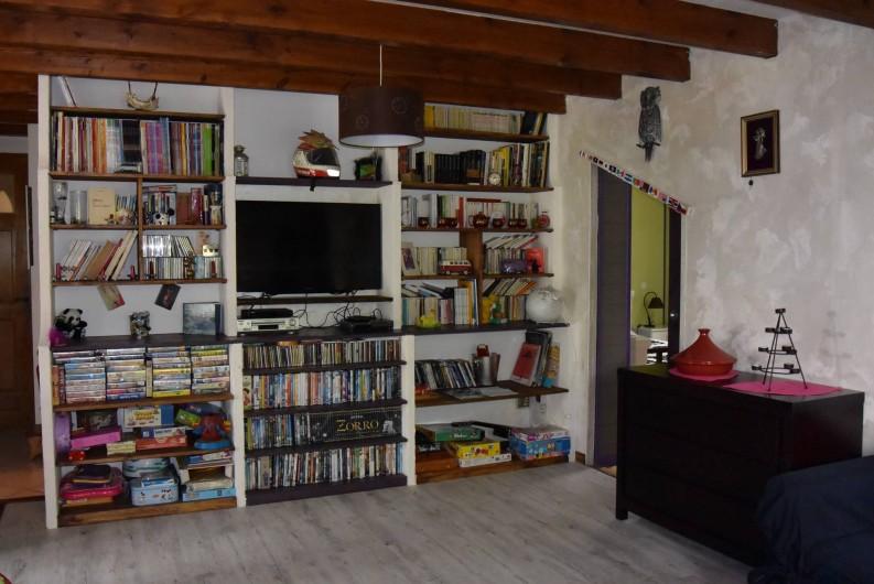 Location de vacances - Villa à Les Vabres - Un espace lecture , détente très montagnard