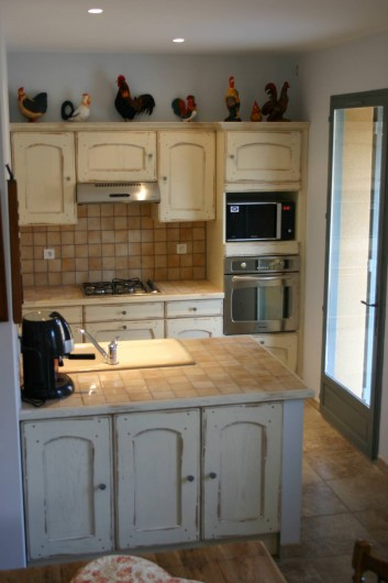 Location de vacances - Maison - Villa à Vaison-la-Romaine - Côté cuisine