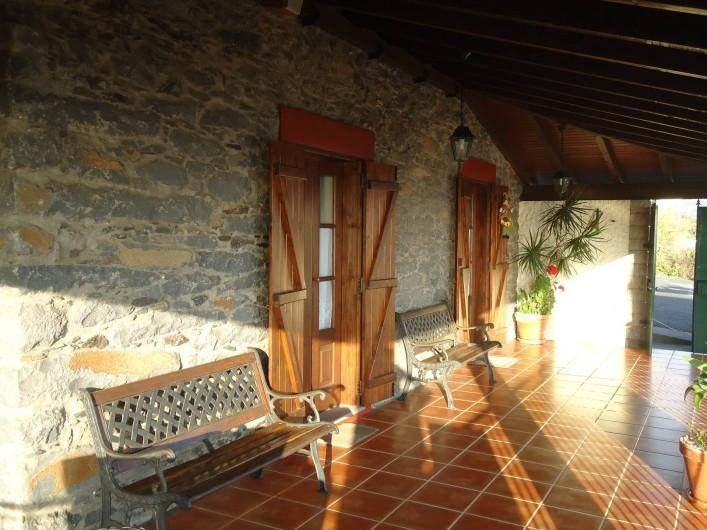 Location de vacances - Villa à Estreito da Calheta - Entrée principale (vue de l'intérieur