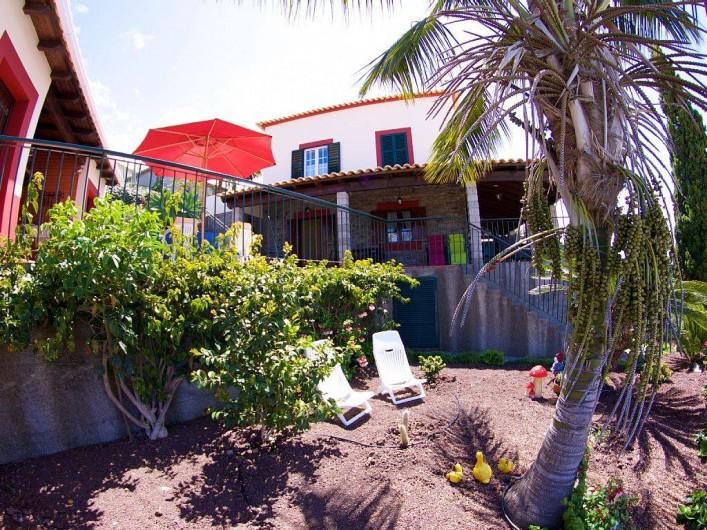 Location de vacances - Villa à Estreito da Calheta - Vue à partir du jardin