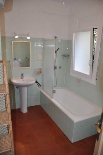 Location de vacances - Villa à Roses - Salle de bains WC chambre 2