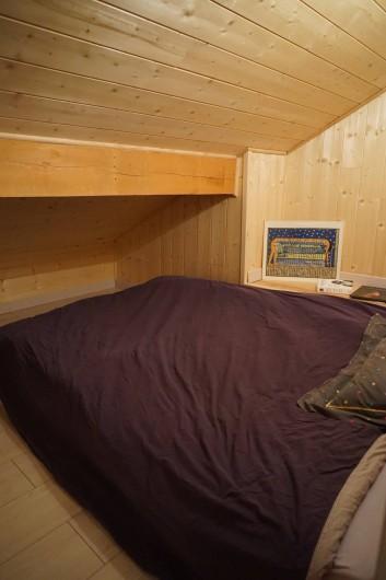 Location de vacances - Chalet à Seyne - chambre 2 : sous les toits