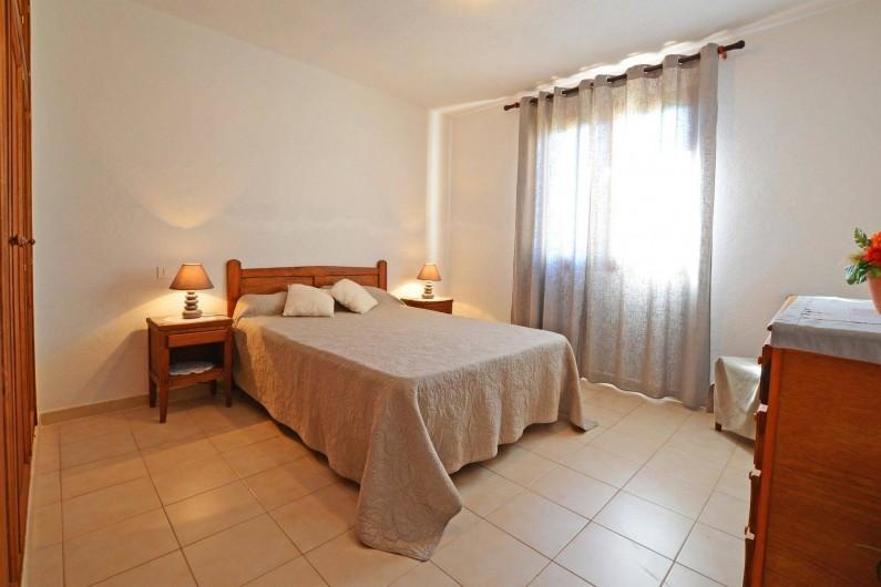 Location de vacances - Villa à Porto-Vecchio - GRANDE CHAMBRE villa 5 ou 6