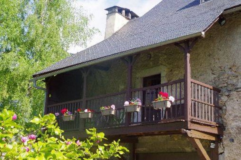 Location de vacances - Chambre d'hôtes à Arrens-Marsous - La Galerie avec vue sur le jardin