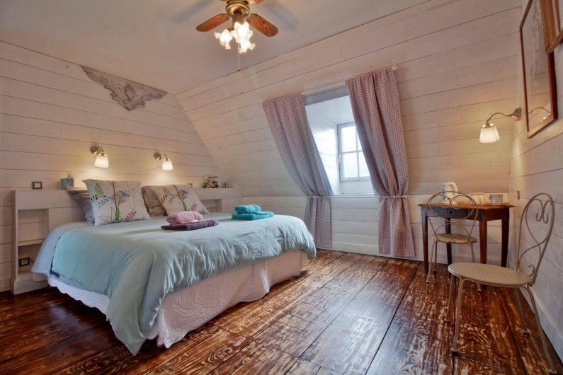 Location de vacances - Chambre d'hôtes à Arrens-Marsous - Le Repaire avec lit en 180 X 200