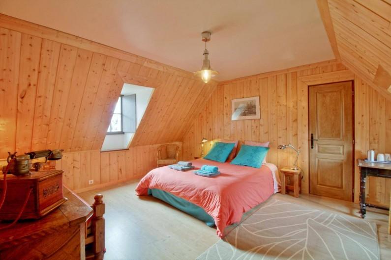 Location de vacances - Chambre d'hôtes à Arrens-Marsous - La Mansarde avec lit 160 X 200 peut accueillir jusqu'à 4 personnes