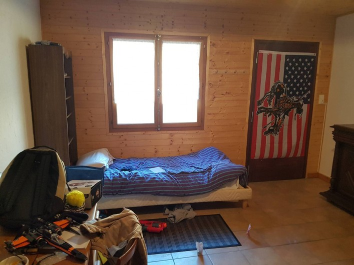 Location de vacances - Appartement à Samoëns - chambre jeunes