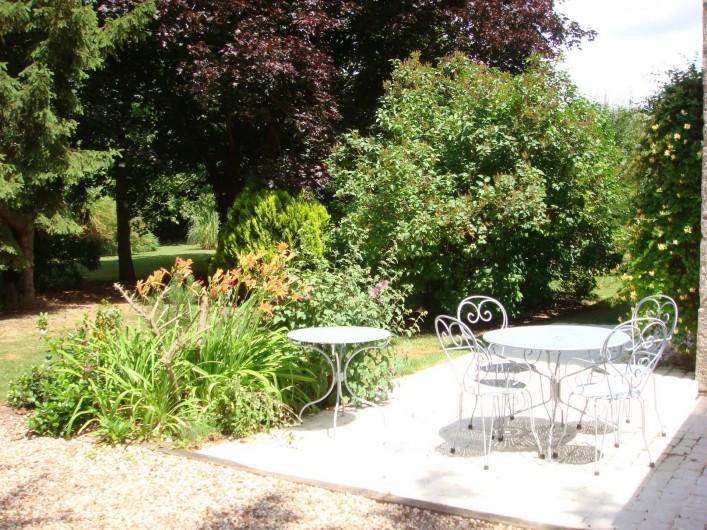 Location de vacances - Chambre d'hôtes à Messas - LE CLOS DE LA VIGNERONNE/TERRASSE DU GITE