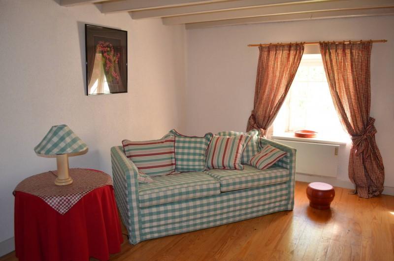 Location de vacances - Gîte à Douchapt - Séjour avec canapé-lit