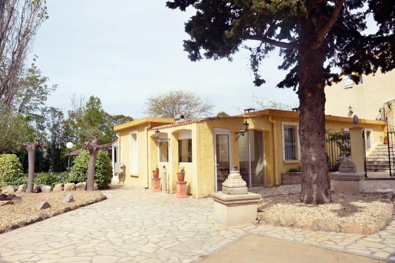 Location de vacances - Gîte à Béziers - Entrée  GÎTE