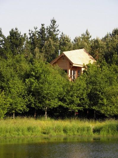 Location de vacances - Cabane dans les arbres à Sainte-Pazanne - La cabane du trappeur