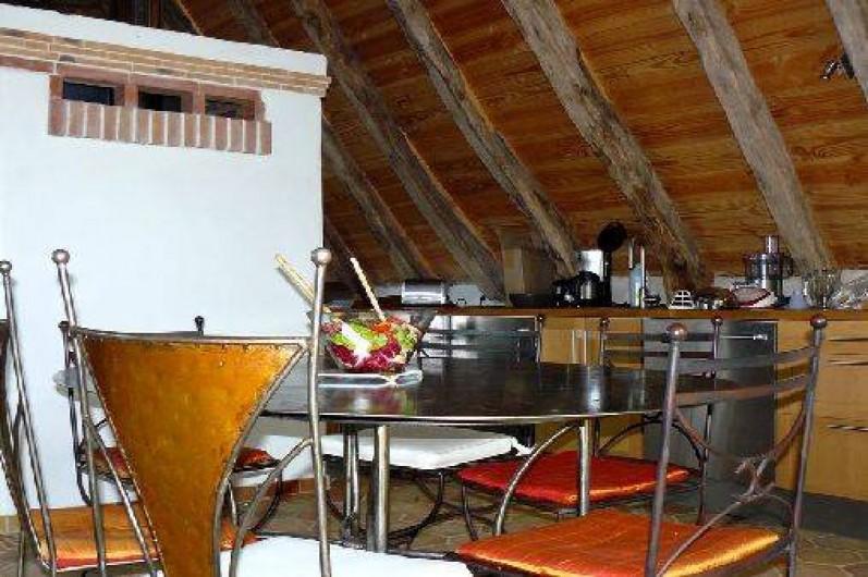 Location de vacances - Gîte à Lentillac-du-Causse - grand coin cuisine
