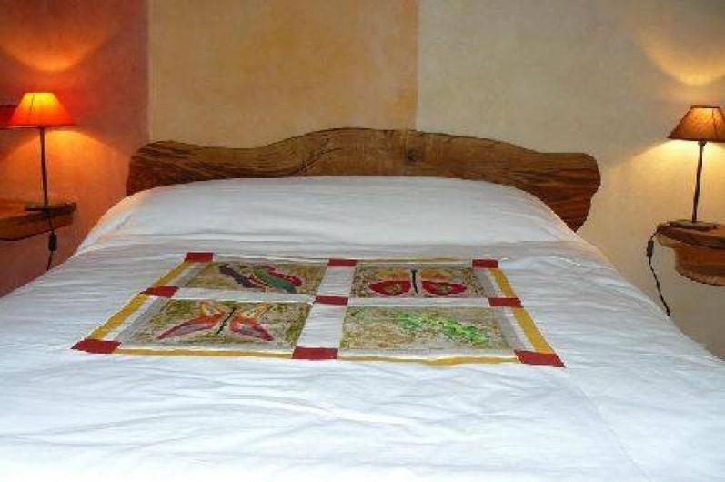 Location de vacances - Gîte à Lentillac-du-Causse - chambre combe écoute s'ilpleutlit 140