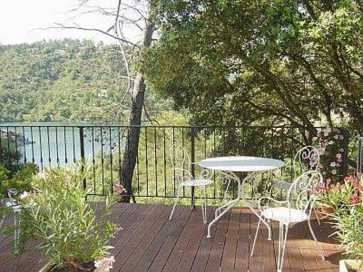 Location de vacances - Appartement à Esparron-de-Verdon - Location N° 2   T  2 indépendant Terrasse  privée  vue lac