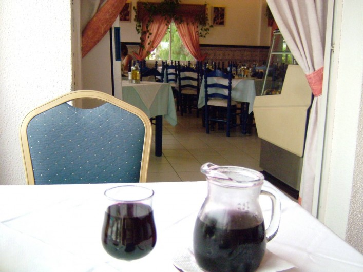 Location de vacances - Appartement à Los Cristianos - Dans le resto sur place