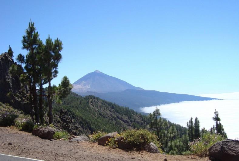 Location de vacances - Appartement à Los Cristianos - Le Teide volcan dominant l'île