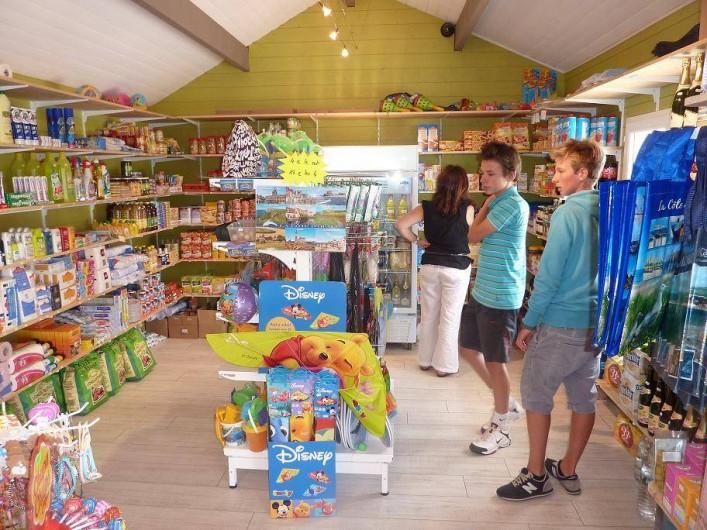 Location de vacances - Camping à Wacquinghen - épicerie de dépannage