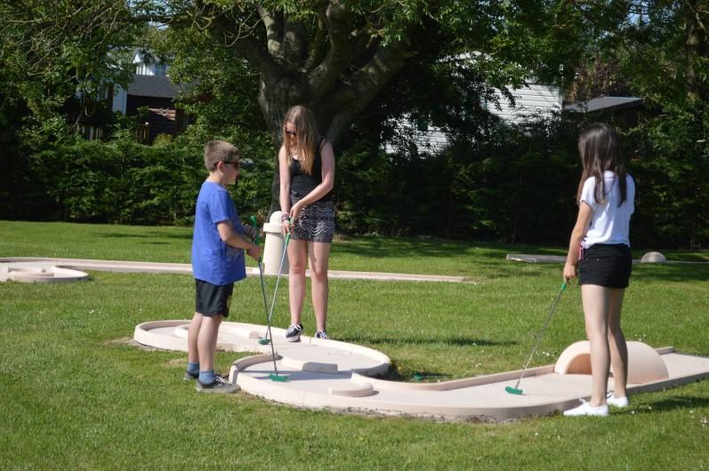 Location de vacances - Camping à Wacquinghen - mini golf 18 trous (gratuit)