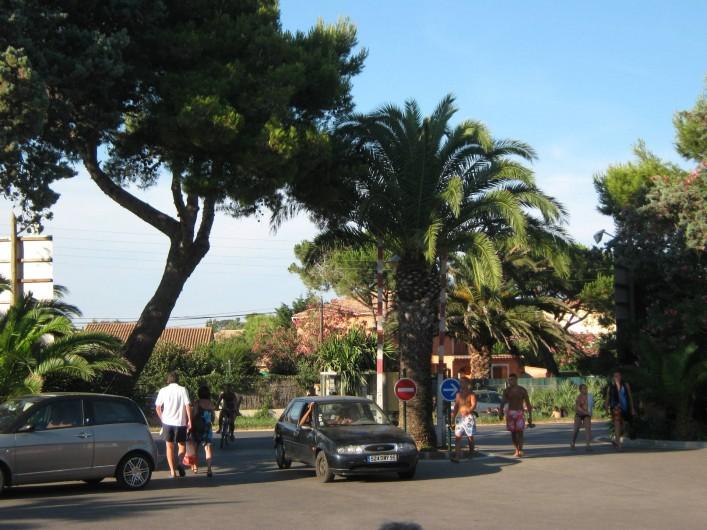 Location de vacances - Bungalow - Mobilhome à Hyères - entree du camping