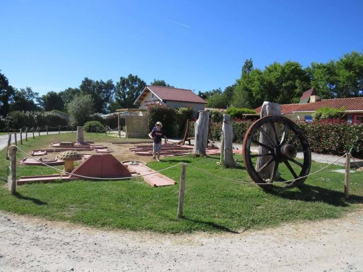 Location de vacances - Camping à Sallertaine - Mini golf