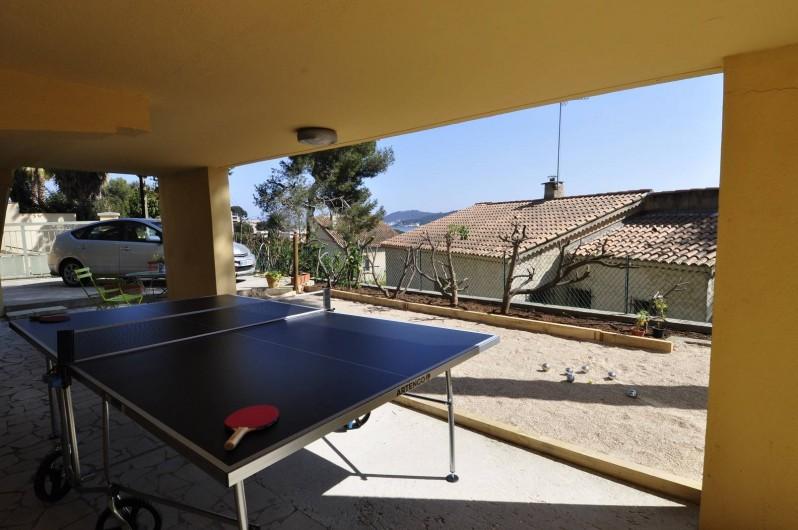 Location de vacances - Villa à Tamaris - Rez de jardin ping pong et terrain de pétanque