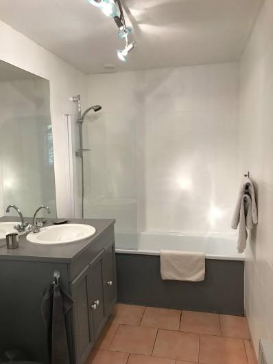 Location de vacances - Maison - Villa à Aix-en-Provence - (Salle de Bain 6m²)