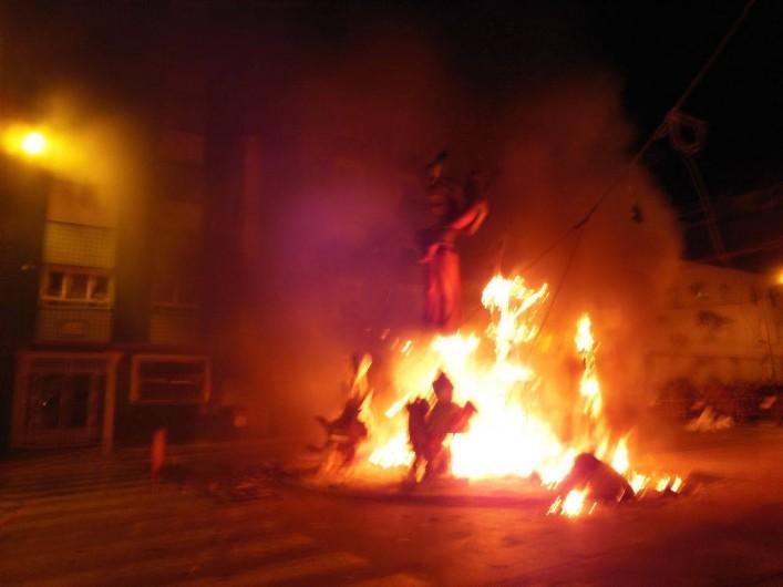 Location de vacances - Appartement à Dénia - Dénia Voici les moments émouvants  de ces superbes monuments en feu