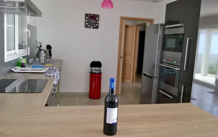 Location de vacances - Villa à Lézignan-Corbières - Cuisine américaine tout équipée