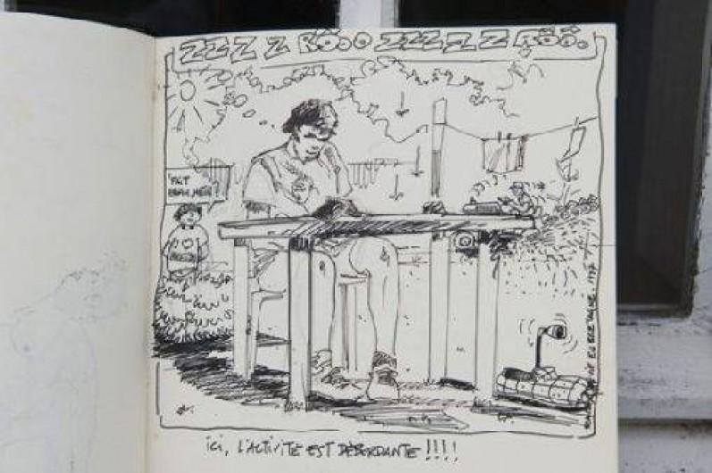 Location de vacances - Gîte à Loc-Eguiner-Saint-Thégonnec - dessin sur le livre d'or