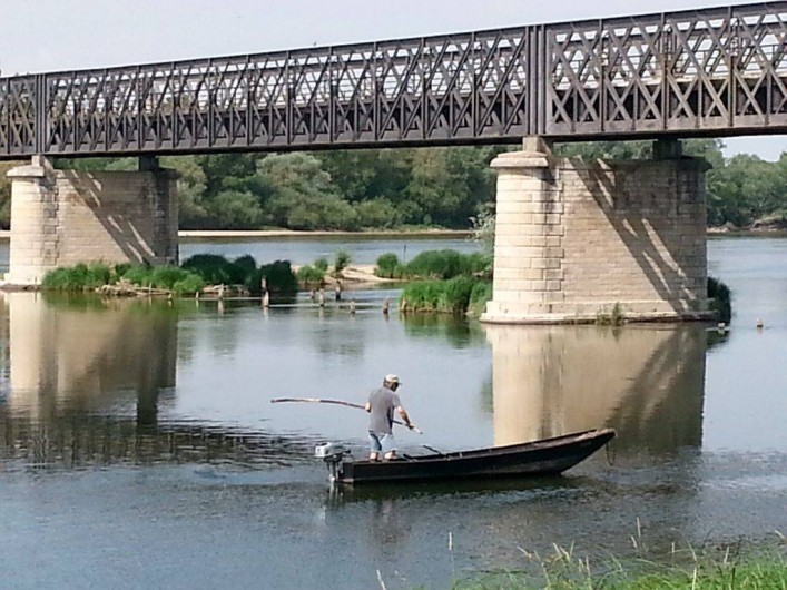 Location de vacances - Appartement à Pouilly-sur-Loire - Pêcheur sur la Loire