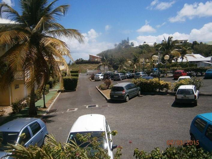 Location de vacances - Appartement à Le Moule - parking privé et sécurisé