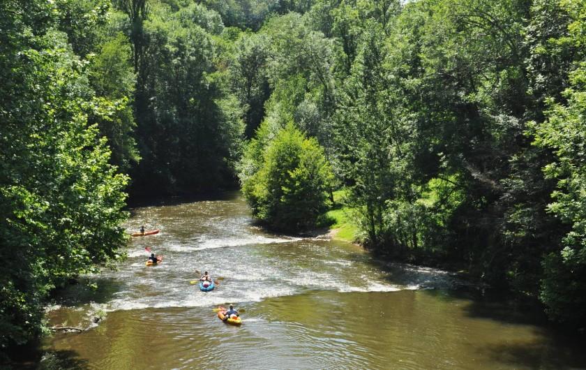 Location de vacances - Gîte à Corn - Kayak sur le  Célé