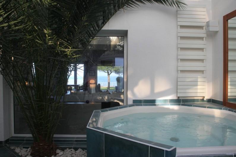 Location de vacances - Villa à La Flotte - Jacuzzi