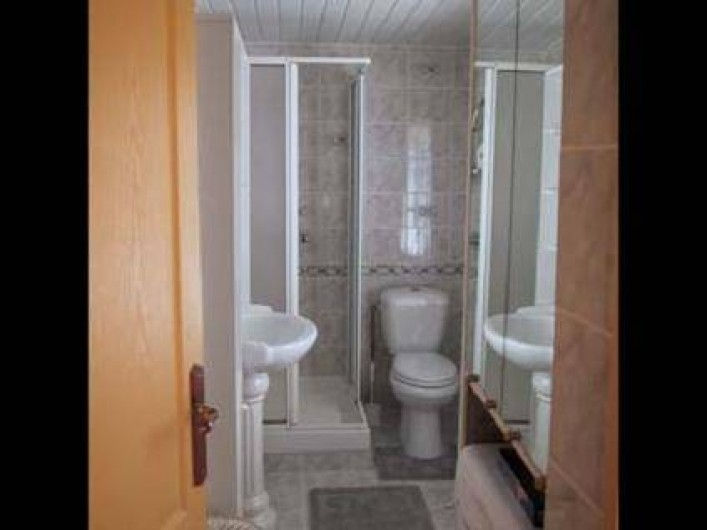 Location de vacances - Gîte à Berville-sur-Mer - salle de bain