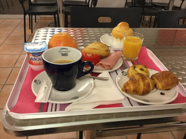 Location de vacances - Hôtel - Auberge à Villeneuve-lès-Béziers - Petit déjeuner