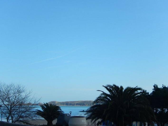Location de vacances - Appartement à Perros-Guirec - autre vue de la terrasse