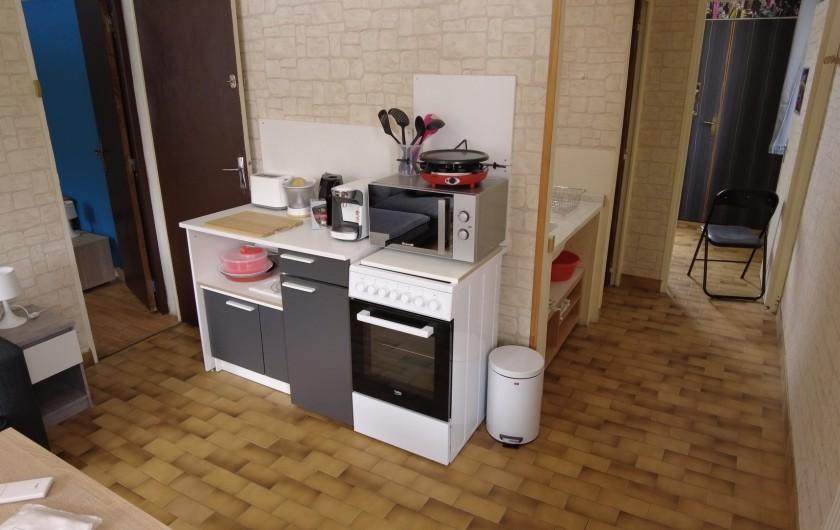 Location de vacances - Maison - Villa à Saint-Léger-les-Mélèzes - CUISINE STUDIO LOCATION DU HAUT
