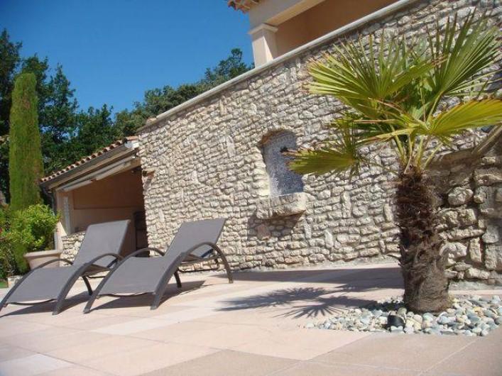 Location de vacances - Appartement à Grignan - transats