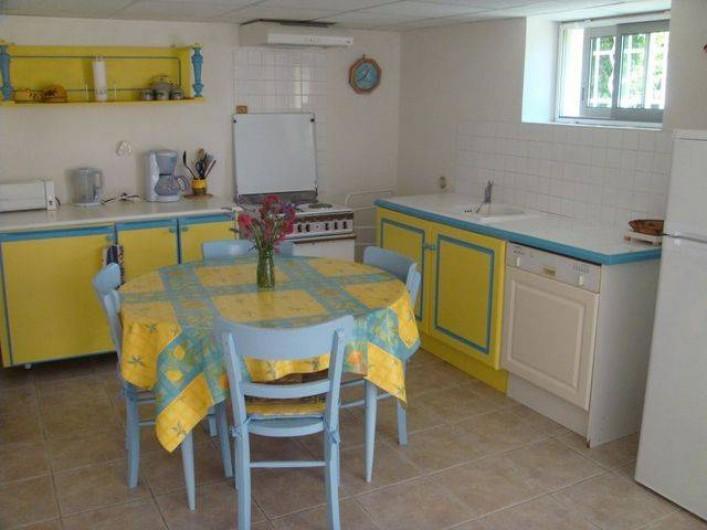 Location de vacances - Appartement à Grignan - cuisine
