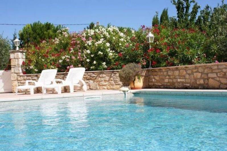 Location de vacances - Appartement à Grignan - Piscine 11m sur 5m  exposée sud